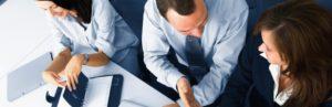 manager firma dyskusje finansowe i kredytowe